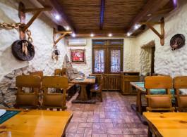 Ресторан на Университете